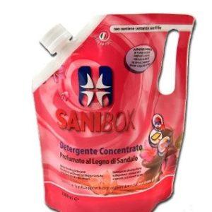 sanibox pino silvestre per pulire gli ambienti ove soggiornano gli animali