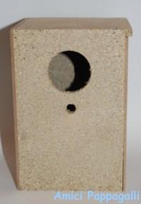 nido in legno per pappagallini cocorite